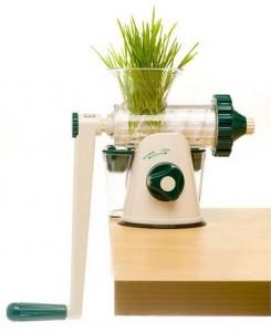choisir un extracteur de jus manuel : le healthy juicer