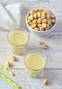 Dégustez un excellent lait de pistache maison